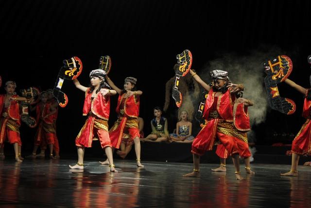 Festival Teater Berbahasa Jawa Se-Jawa Tengah 2013