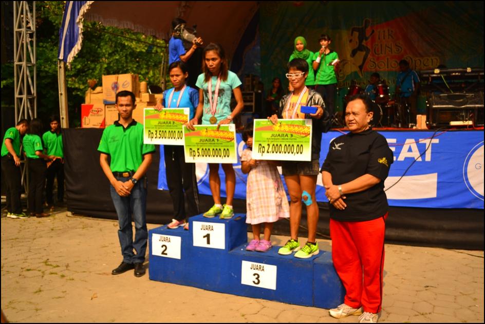 Pengumuman juara serta pemberian medali dan hadiah untuk para pemenang kategori umum putri. Mayoritas juara diperoleh oleh peserta yang berasal dari pulau Jawa.