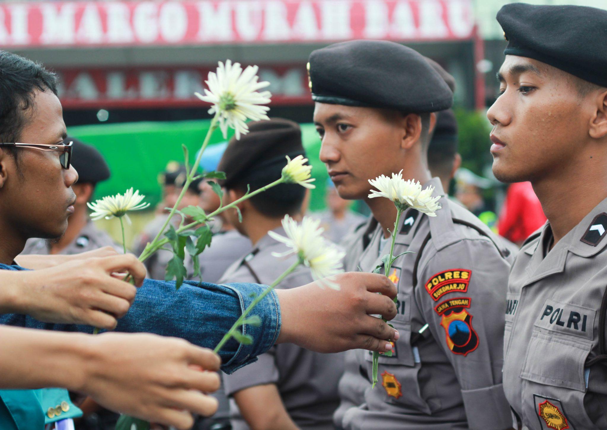 Bunga Damai